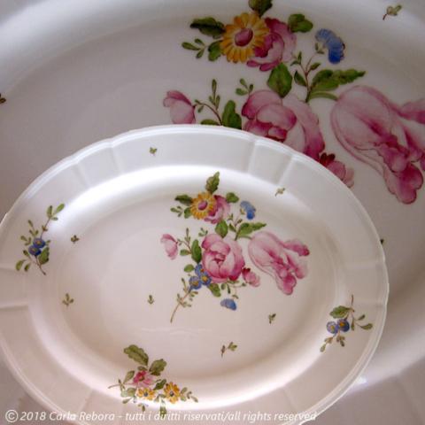 Motivo a fiori europei, da originale Ferretti Lodi, 2001